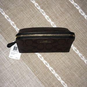 Coach Bags - 🌻COACH cosmetic bag